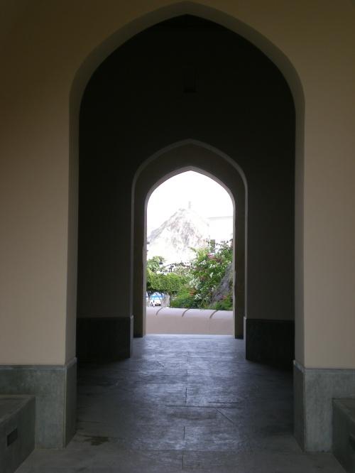 Gate passageway