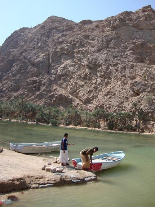 boats at wadi shab