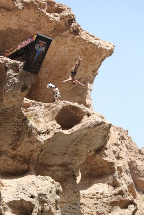 "Invietd to Redbull Cliff Diving Championship at Wadi Shab as ""Media"" in VIP section!"