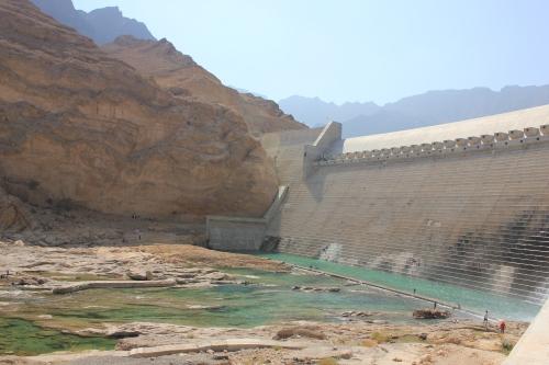 nice shot of dam