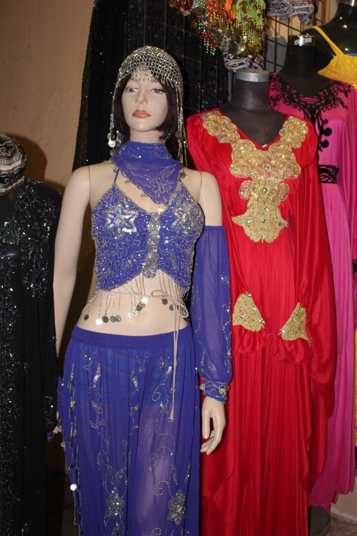 muttrah souk costumes