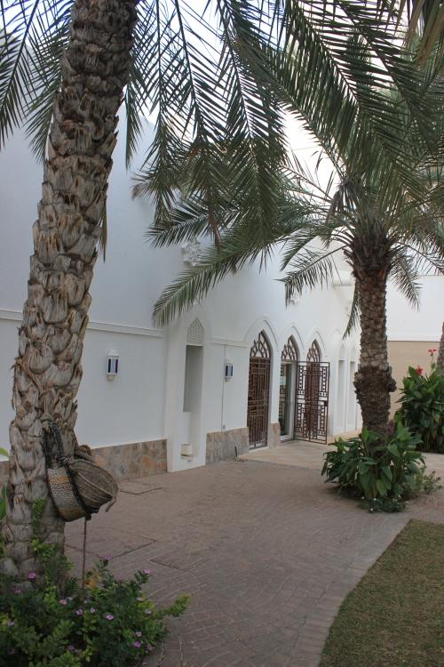outside bait al zubair