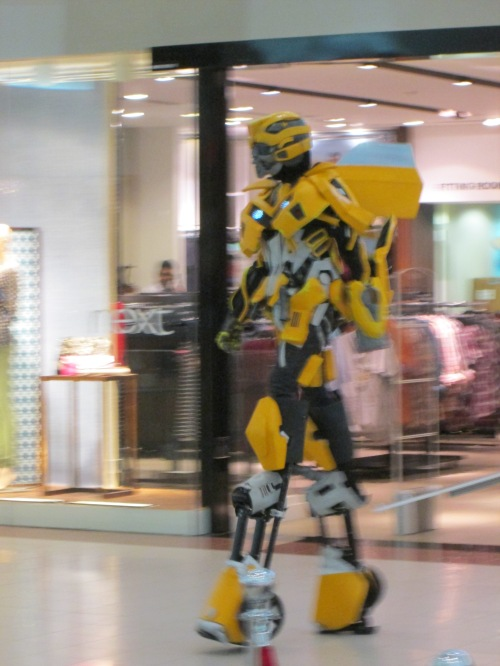 robot in mall