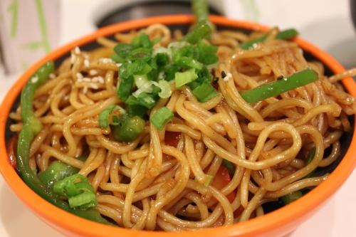 yummmy yosushi noodles