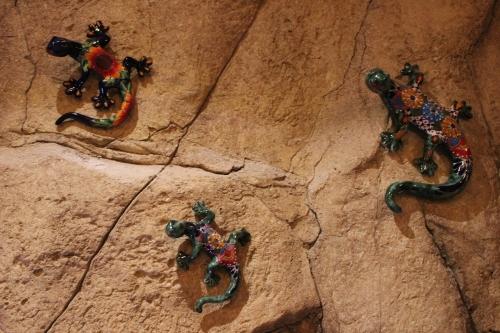 ceramic lizards